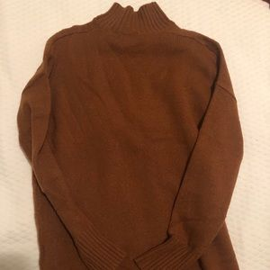 Gap mockneck sweater - size xs. Preowned!